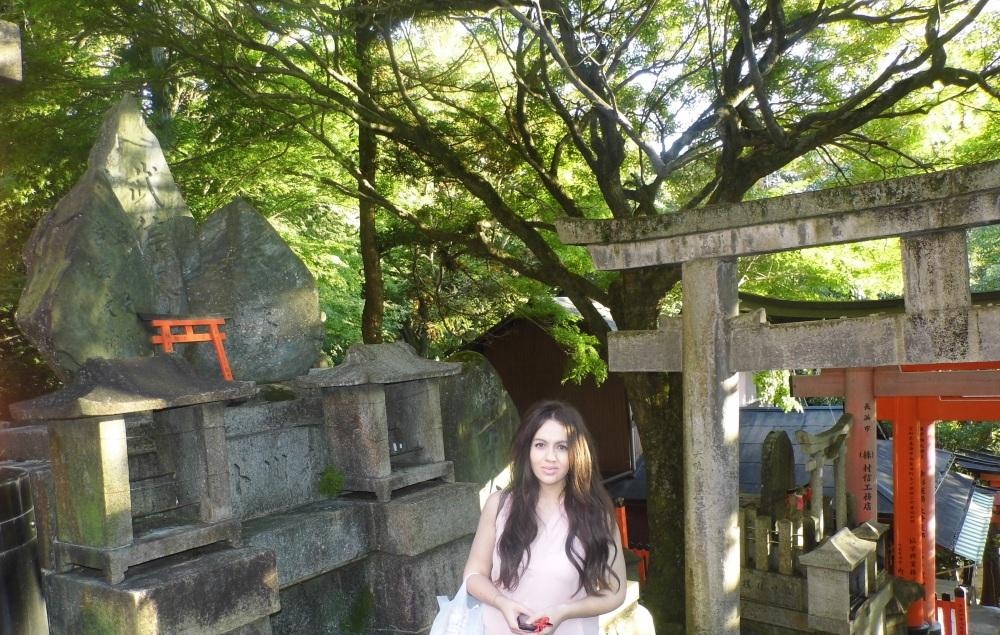 Fushimi Inari Doug